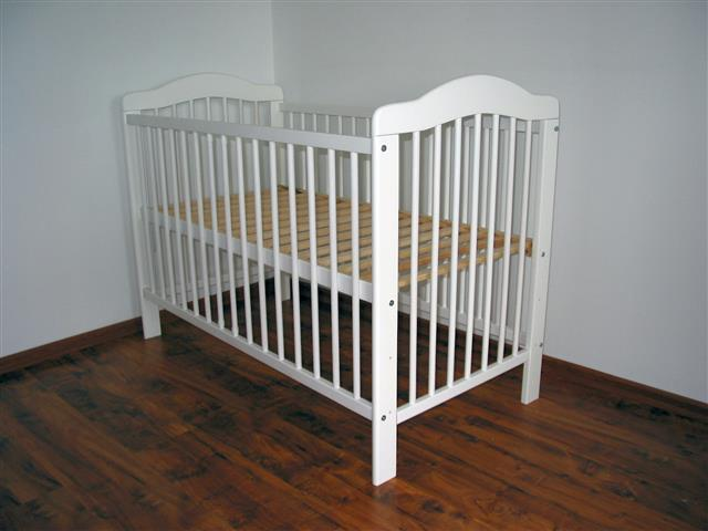 Łóżeczko dziecięce Liwia sosna 120x60 białe, kupione na Allegro u sprzedawcy _PROMO2_ za 209 zł