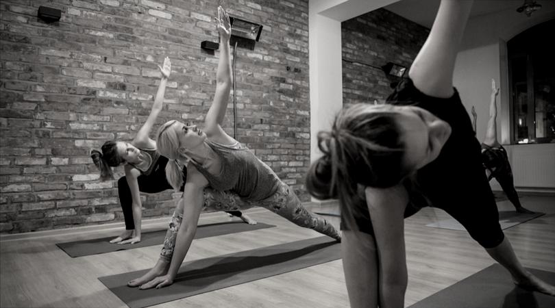 Czym dla Ciebie jest pasja? O mojej przygodzie z jogą [+KONKURS!].